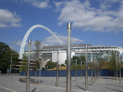 800px-wembley_stadium__from_the_outside